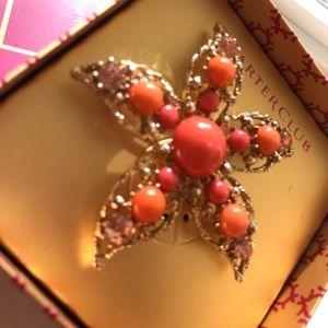 🔥NWT Giftbox Stunning Multicolor Gold Brooch🔥